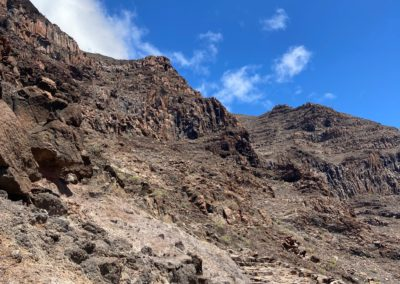 Mitten im Berg beim Aufstieg